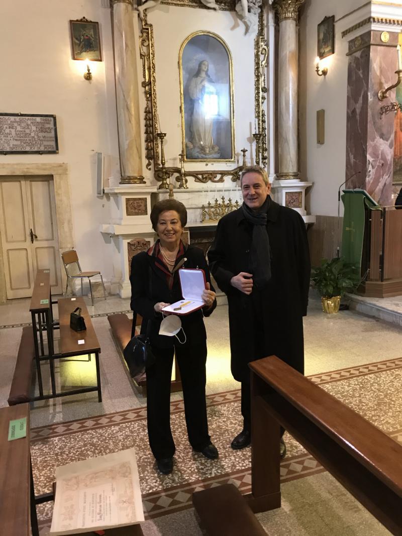 Federica Rossi Germani receives Pro Ecclesia et Pontifice Cross
