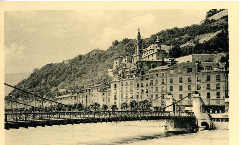 Sainte Marie d'En Haut, Grenoble - Pont suspendu
