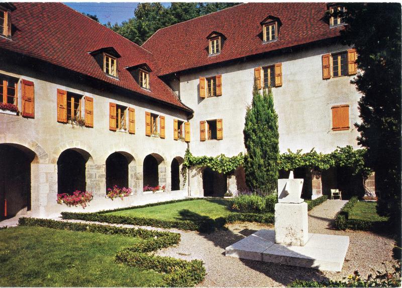 Sainte Marie d'En Haut, Grenoble - cloître