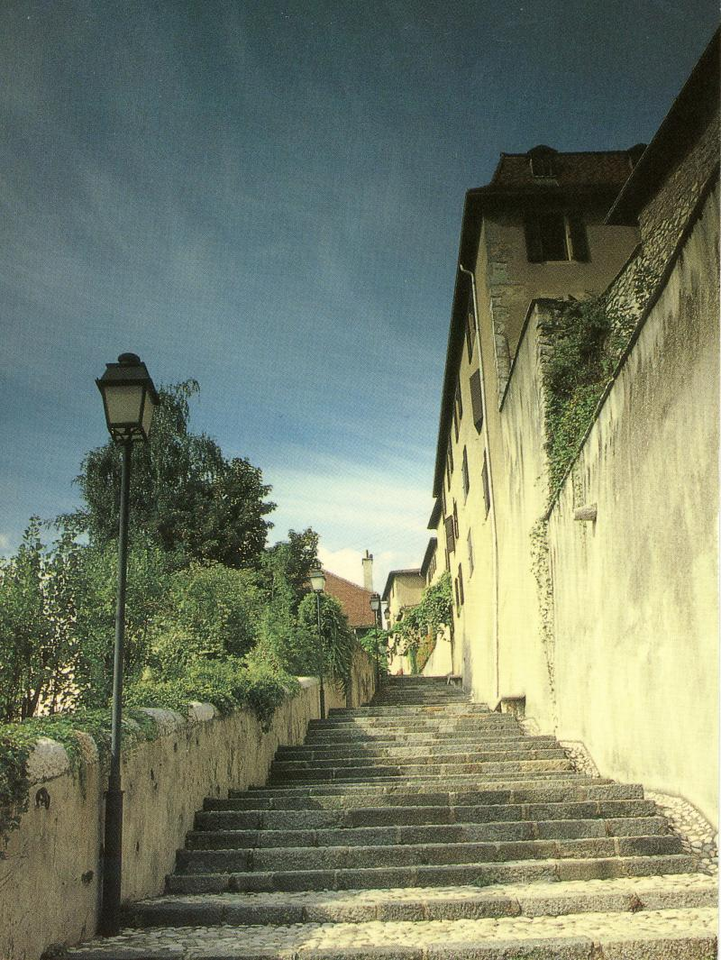 Sainte Marie d'En Haut, Grenoble - escalier